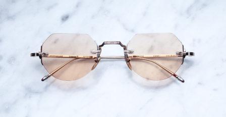 Modèle Cody de Jacques Marie Mage disponible au bar à lunettes opticien à Liège
